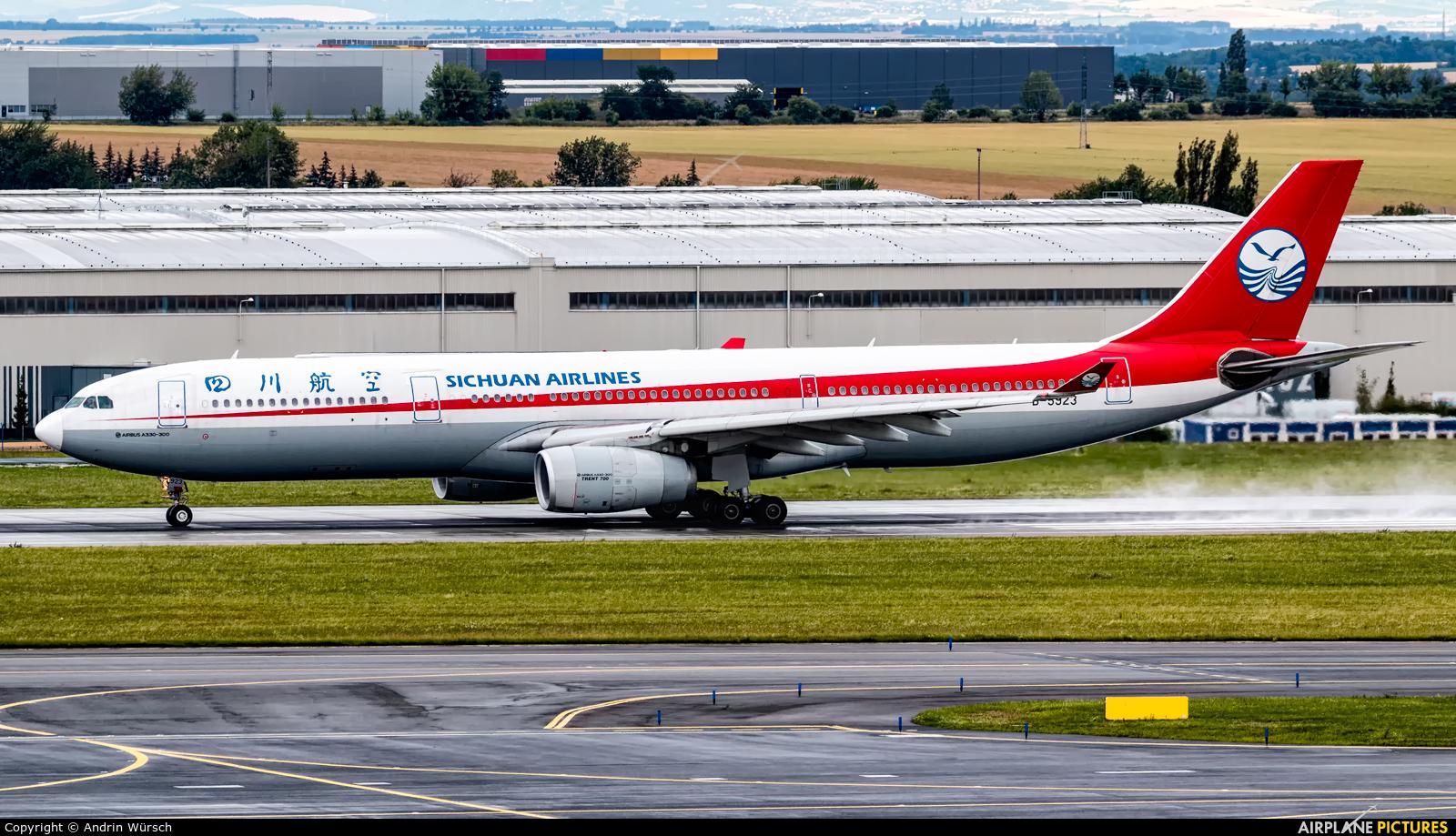Sichuan Airlines  B-5923 aircraft at Prague - Václav Havel