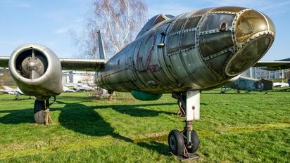 72 - Poland - Air Force Ilyushin Il-28R