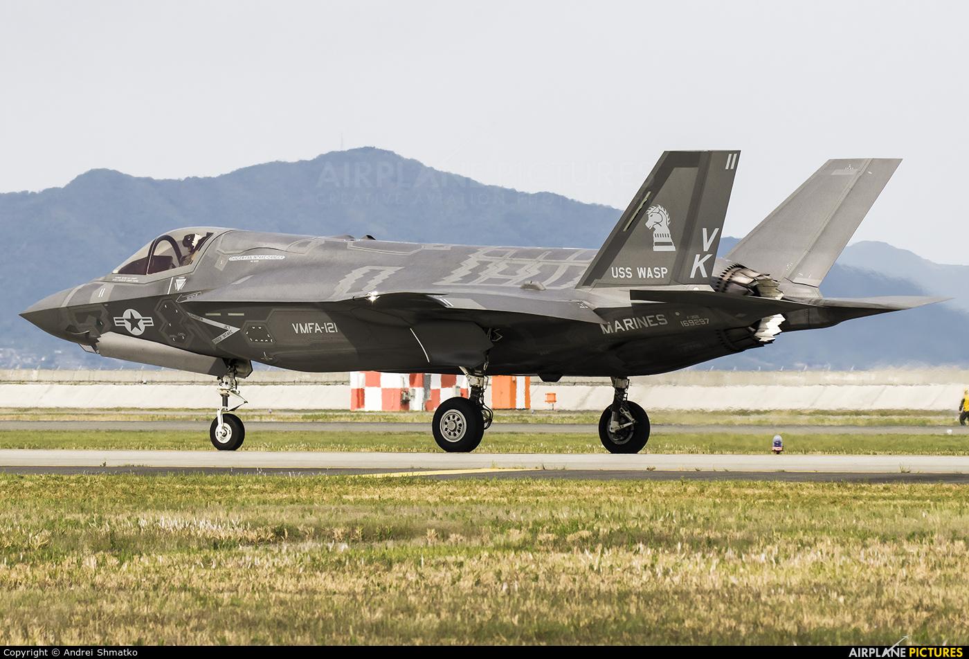 USA - Marine Corps 169297 aircraft at Iwakuni MCAS