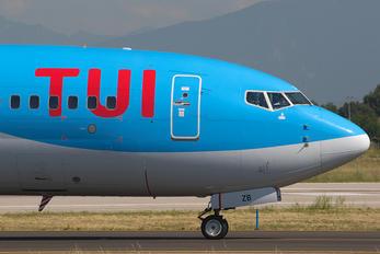 G-FDZB - TUI Airways Boeing 737-800