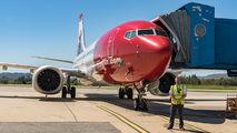 - - Norwegian Air Shuttle - Airport Overview - People, Pilot aircraft