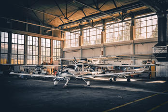 - -  - Airport Overview - Hangar