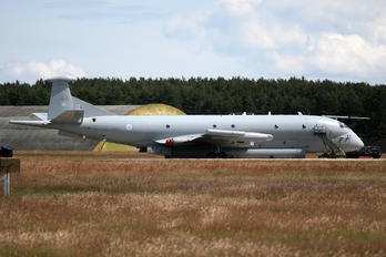 XV244 - Royal Air Force British Aerospace Nimrod MR.2