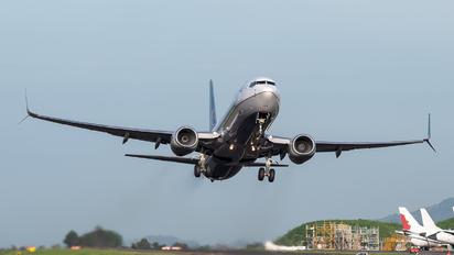 N76514 - United Airlines Boeing 737-800