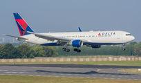 N1201P - Delta Air Lines Boeing 767-300ER aircraft