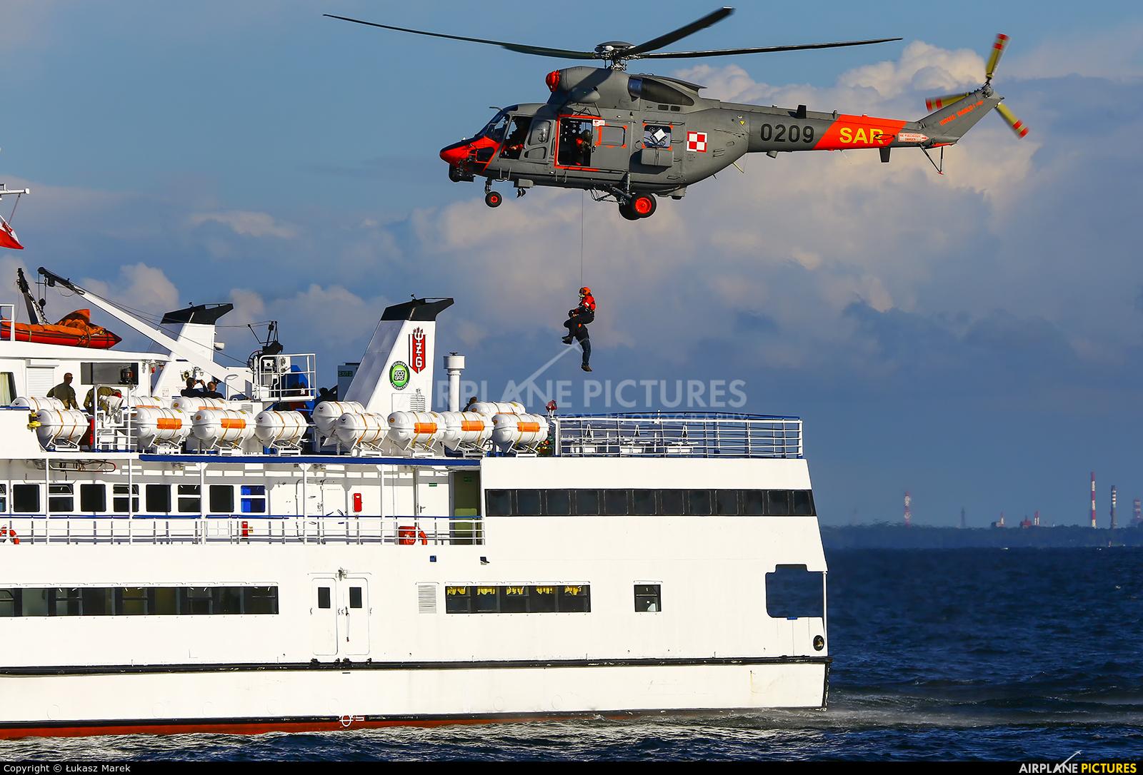 Poland - Navy 0209 aircraft at Gdynia