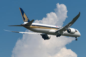 9V-SCC - Singapore Airlines Boeing 787-10 Dreamliner