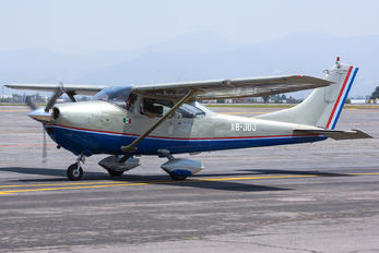 XB-JUJ - Private Cessna 182 Skylane (all models except RG)