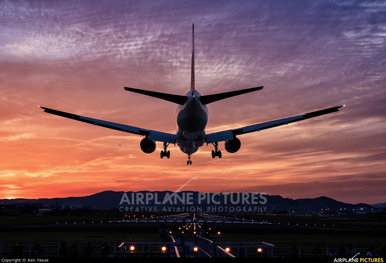 ANA - All Nippon Airways JA754A aircraft at Osaka - Itami Intl