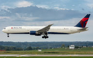 N832MH - Delta Air Lines Boeing 767-400ER aircraft