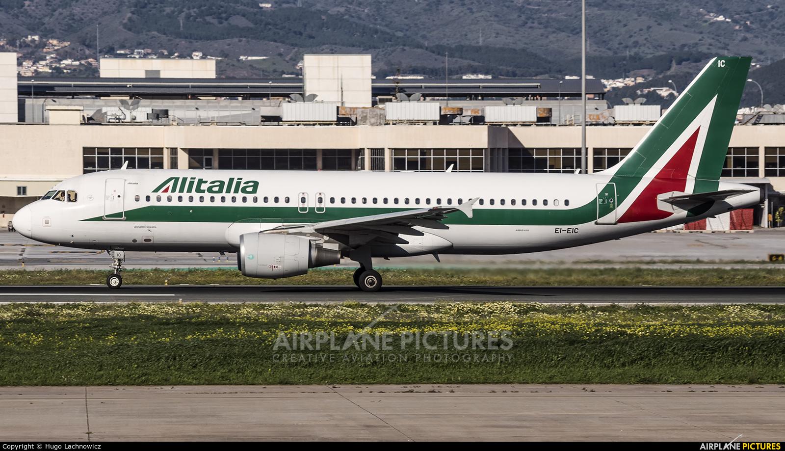 Alitalia EI-EIC aircraft at Málaga