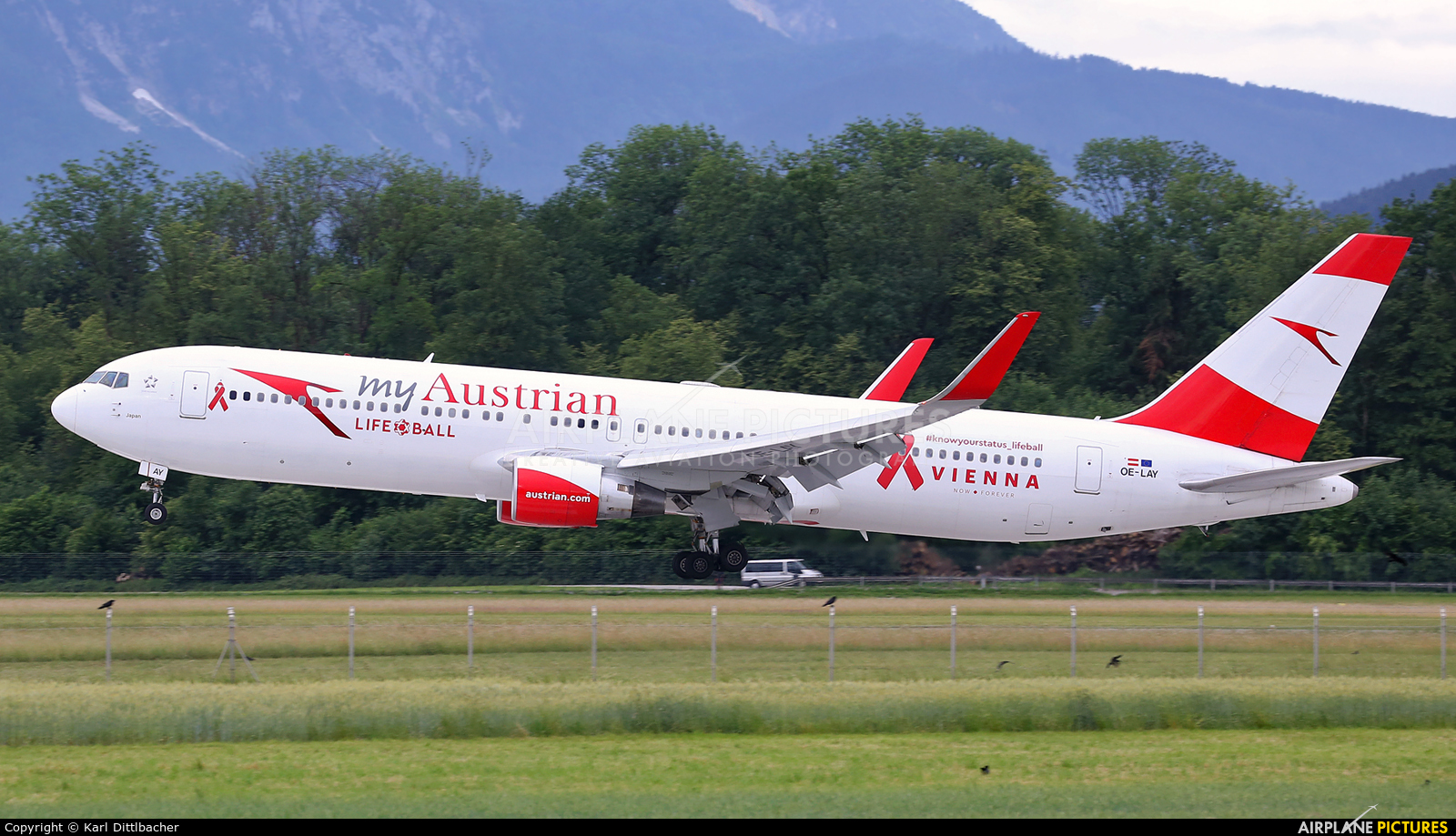 Austrian Airlines/Arrows/Tyrolean OE-LAY aircraft at Salzburg