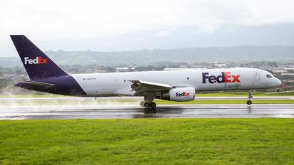 N937FD - FedEx Federal Express Boeing 757-200F
