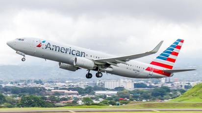 N973NN - American Airlines Boeing 737-800