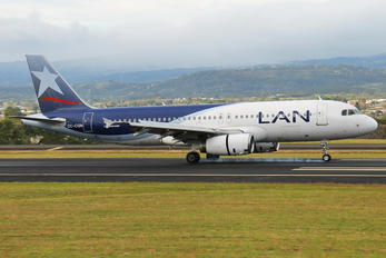 CC-CQN - LAN Airlines Airbus A320