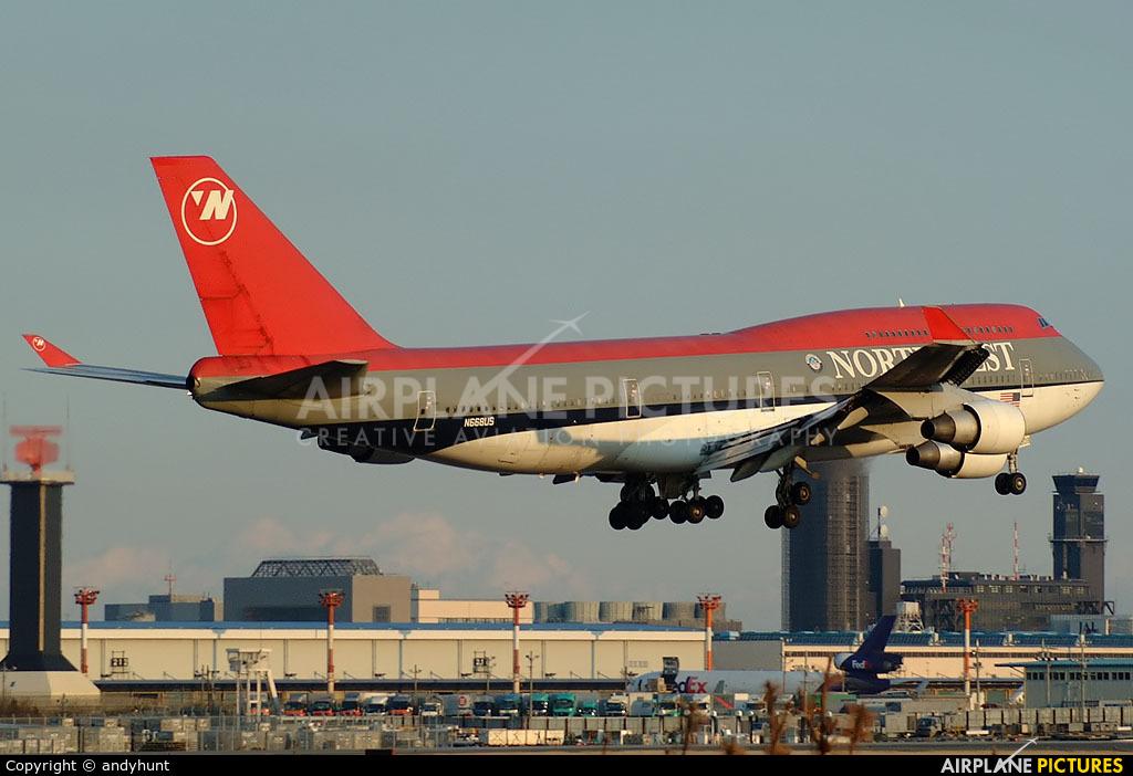 Northwest Airlines N668US aircraft at Tokyo - Narita Intl