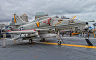 154977 - USA - Navy Douglas A-4 Skyhawk (all models) aircraft