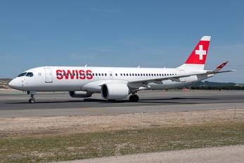HC-JCF - Swiss Bombardier CS300