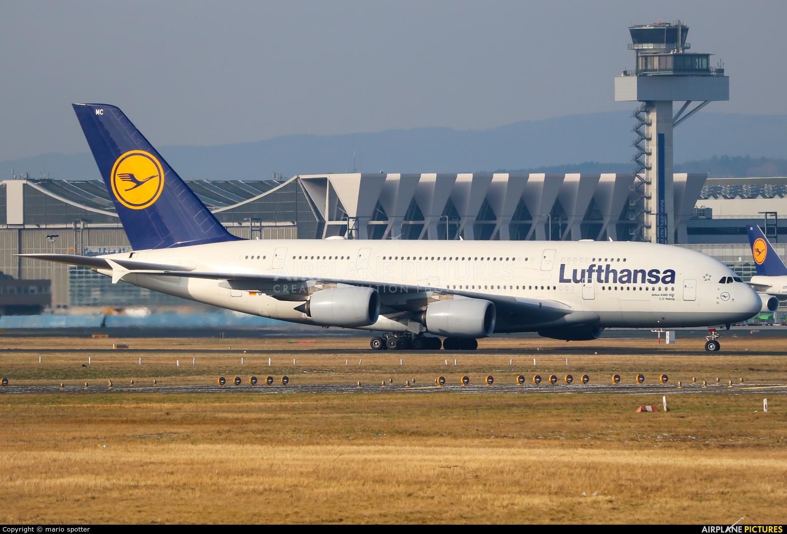Lufthansa D-AIMC aircraft at Frankfurt