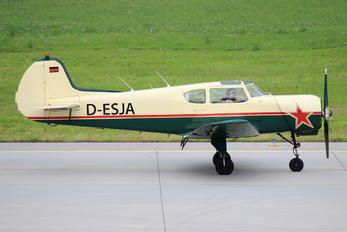 D-ESJA - Private Yakovlev Yak-18T