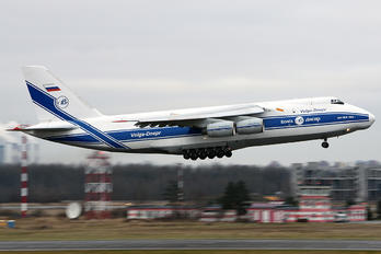 RA-82047 - Volga Dnepr Airlines - Airport Overview - Photography Location