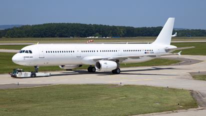 G-OZBN - AerCap Airbus A321