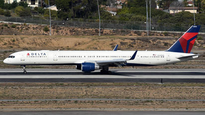 N588NW - Delta Air Lines Boeing 757-300