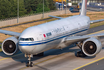 B-2043 - Air China Boeing 777-300ER