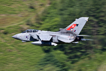 ZG752 - Royal Air Force Panavia Tornado GR.4 / 4A