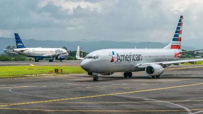 N948NN - American Airlines Boeing 737-800