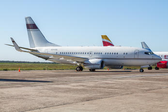 N666ML - Private Boeing 737-700 BBJ