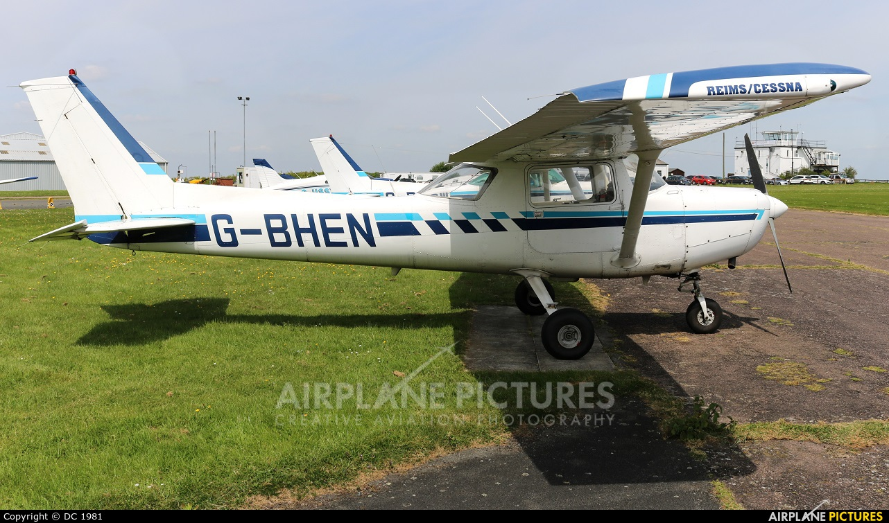Private G-BHEN aircraft at Leicester