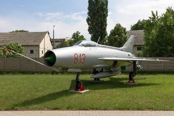 813 - Hungary - Air Force Mikoyan-Gurevich MiG-21F-13