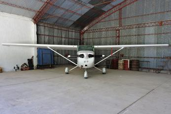 LV-CJU - Private Cessna 172 Skyhawk (all models except RG)