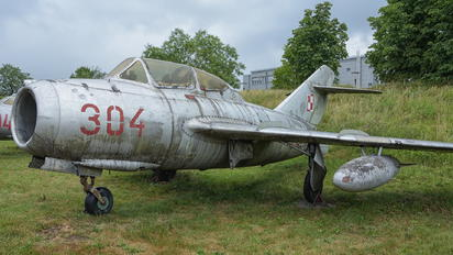 304 - Poland - Air Force PZL SBLim-2