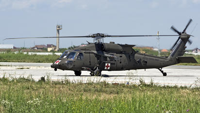 16-20941 - USA - Army Sikorsky H-60L Black hawk