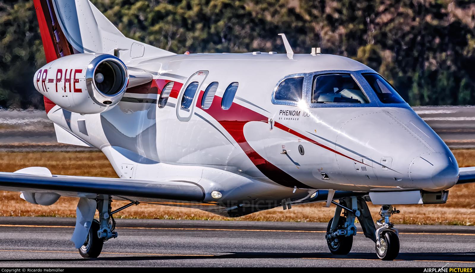 Private PR-PHE aircraft at Brasília - Presidente Juscelino Kubitschek Intl