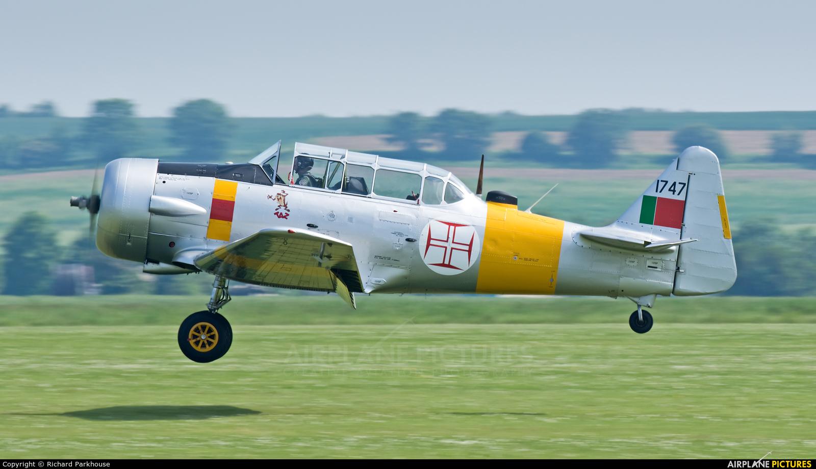 Private G-BGPB aircraft at Duxford