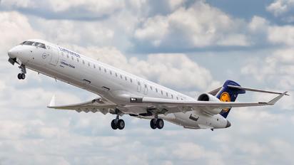 D-ACKG - Lufthansa Regional - CityLine Bombardier CRJ 900ER