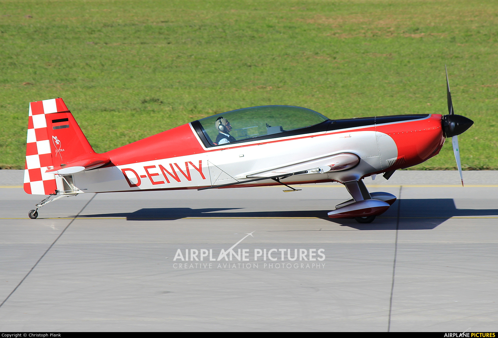 Private D-ENVY aircraft at Innsbruck