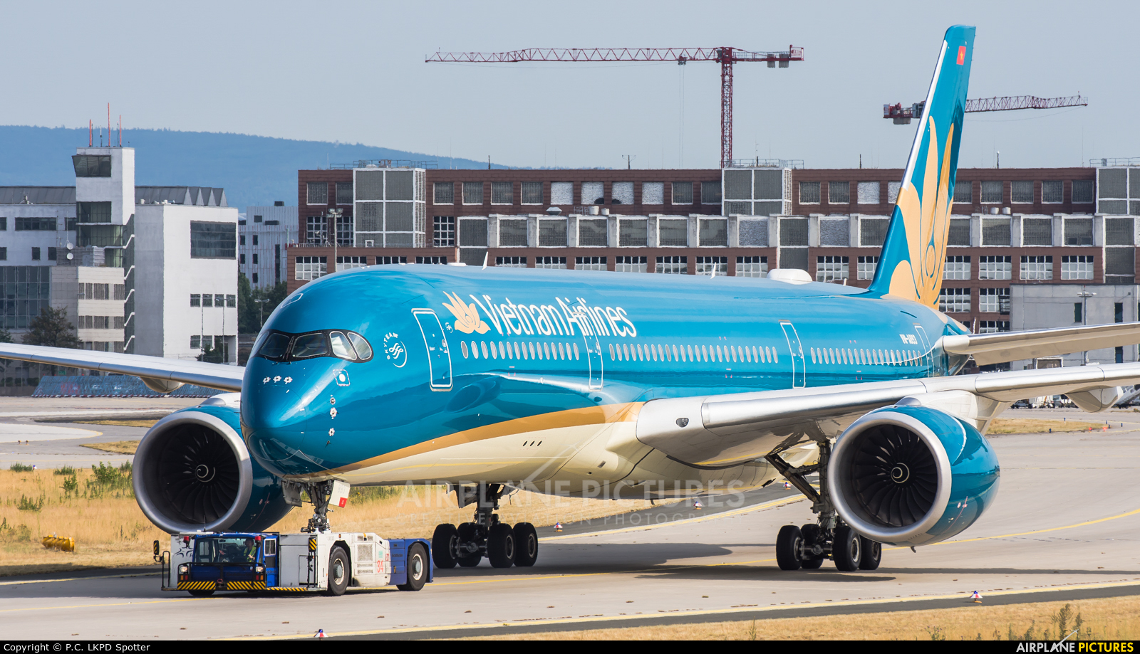 Vietnam Airlines VN-A893 aircraft at Frankfurt