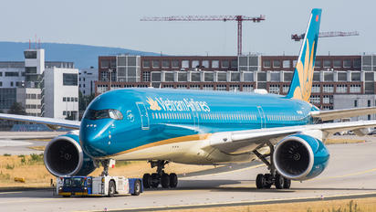 VN-A893 - Vietnam Airlines Airbus A350-900