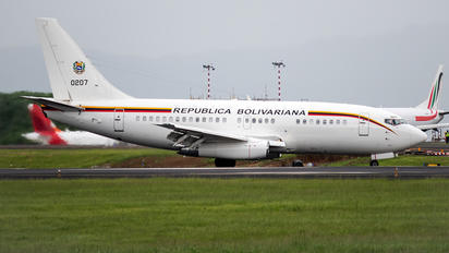 0207 - Venezuela - Air Force Boeing 737-200