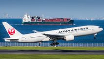 JA8978 - JAL - Japan Airlines Boeing 777-200 aircraft