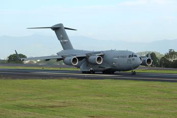 06-6163 - USA - Air Force Boeing C-17A Globemaster III