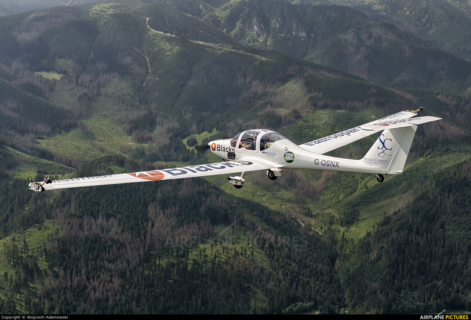 Private G-OSNX aircraft at In Flight - Poland