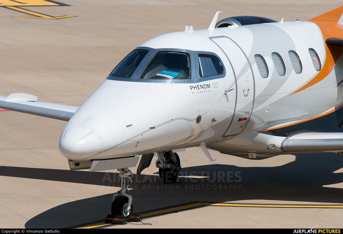 Private CS-DVS aircraft at Bari