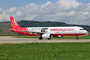 TC-AGI - Atlasjet Airbus A321