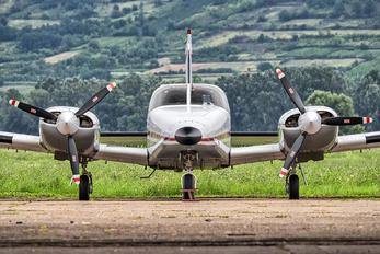 YU-BZW - Private Piper PA-34 Seneca