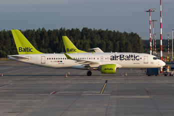 YL-CSD - Air Baltic Bombardier CS300